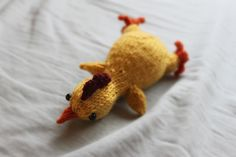 Free Knitting Pattern: Rubber chickens