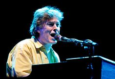Steve Winwood - Can't find my way home