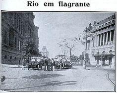 Avenida Central (atual Av. Rio Branco) após as reformas urbanísticas da cidade do Rio de Janeiro na década de 1900.