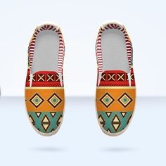 Espadrilles with tribal pattern by  @okopipidesign