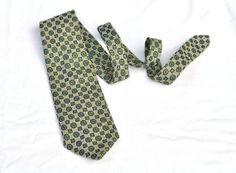 Mens Wide Tie Vintage Greens Silver Necktie by ArmorOfModernMen, $17.95 #1970s #mensstyle  #widenecktie #green #dappergentleman #vintagemensfashion