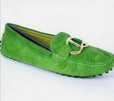 e97b3515079 Tods Womens Moccasin Shoes Green Desce Do Salto