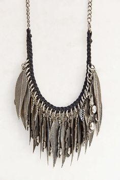 ODY Leaf Necklace - Urban Outfitters