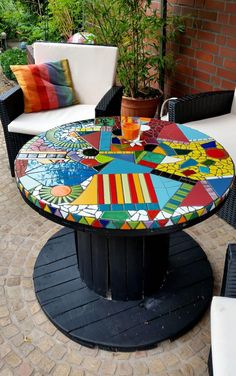 16 Ideas For Diy Table Top Mosaic Projects Tile Art, Mosaic Art, Mosaic Glass, Mosaic Tiles, Mosaics, Stained Glass, Mosaic Garden Art, Cement Tiles, Glass Tiles