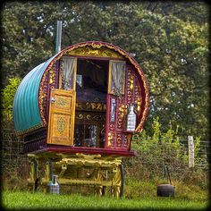 Gypsy Caravan... I would love to have an imagine wagon in the backyard for Leia and me to play in!