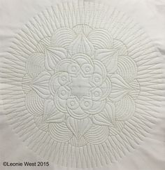 If have you ever wanted to quilt beautiful and interesting circular designs, unique designs with a difference the NEW Westalee Artisan Curves may just be the templates that you have been waiting for.