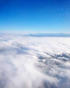 Über den Wolken.... #offtoberlin #überdenwolken
