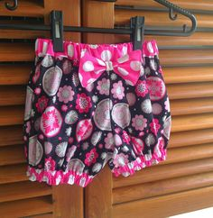 Bubble Shorts Sewing Pattern, Girl's Shorts Pattern, Baby Bloomers Pattern, 3 months to 6 years.