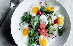 Salat med stenbiderrogn og dildcreme - ALT.dk