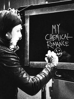 Last pinner:Y did Frank put the nirvana logo under MCR? Me: are you seriously that stupid?