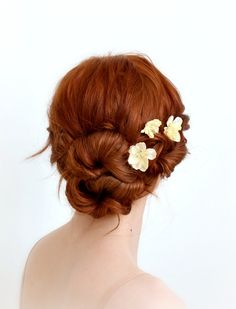 Ivory flower hair clips, wedding hair pins, floral bobby pins, bridal hair accessories by gardens of whimsy on etsy