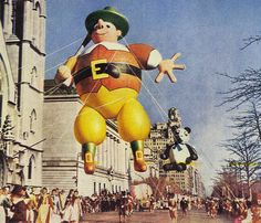 Macy's Thanksgiving Day Parade - 1946 Holiday In Cambodia, Armistice Day, Thanksgiving Day Parade, History Projects, Remembrance Day, Cultural Events, Veterans Day, Historical Photos, Memorial Day