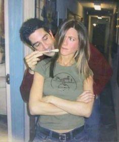 Friends Behind The Scenes, Friends Scenes, Friends Cast, Friends Episodes, Friends Moments, Friends Tv Show, Friends Forever, Ross Geller, Rachel Green