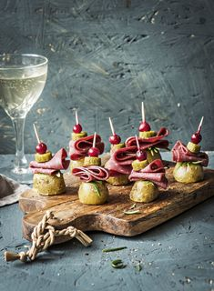 Birthday Candles, Cake Recipes, Biscuits, Cheese, Baking, Party, Finger Food, Crack Crackers, Cookies