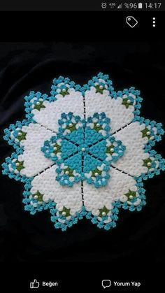 HUZUR SOKAĞI (Yaşamaya Değer Hobiler) Vintage Crochet Doily Pattern, Crochet Doilies, Crochet Patterns, Rose Wallpaper, Filet Crochet, Crochet Designs, Diy And Crafts, Weaving, Blanket