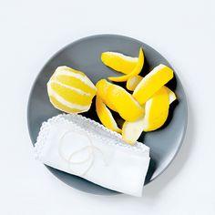 Ekologiczne środki czystości Naturalne środki czystości zrób je sam w domu - Noizz Mole, Sunglasses Case, Mole Sauce
