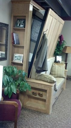 Diy Murphy Bed Ideas Would be great in the cabin for space saving! Marvellous Diy Murphy Bed IdeasWould be great in the cabin for space saving! Cama Murphy Ikea, Murphy Bed Plans, Murphy Beds, Murphy Bed Office, Murphy Bed With Couch, Build A Murphy Bed, Build In Bed, Queen Murphy Bed, Home Decor Ideas