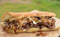 Portuguese Garlic Steak Sandwich Recipe - Portuguese Recipes - Food Recipes from Portugal Steak Sandwich Recipes, Soup And Sandwich, Chicken Sandwich, Dinner Sandwiches, Wrap Sandwiches, Steak Sandwiches, Vegan Sandwiches, Steak And Onions, Beef Recipes