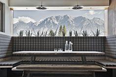 ARX Restaurant mit Ausblick in Rohrmoos-Schladming // ARX Restaurant with a view in Rohrmoos-Schladming Hotels, Restaurant Bar, Travel Style, Double Vanity, Bathtub, Boutique, Bathroom, Nice, Places