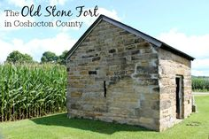 Who built the Old Stone Fort that stands off the side of a country road on the eastern side Coshocton County? Is it even a fort at all or was it simply part of a farm built centuries ago? Coshocton Ohio, The Buckeye State, Road Trip Destinations, Family Road Trips, Roadside Attractions, Great Vacations, Old Stone, Day Trips, Places To Go