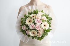 """""""Peach"""" Bouquet from the Jane Packer Online collection - Summer Fruits 2016 Peach Bouquet, Luxury Flowers, Flowers Delivered, Summer Fruit, Packers, Floral Wreath, Photo Wall, Wreaths, Pink"""
