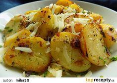 Katalánské brambory recept - TopRecepty.cz No Salt Recipes, Meat Recipes, Cooking Recipes, Czech Recipes, Ethnic Recipes, Good Food, Yummy Food, Bon Appetit, Potato Salad