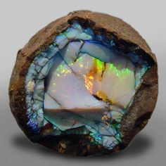 Ethiopian Opal Geode http://gemandmineralsociety.wordpress.com/2012/07/01/ethiopian-opal-geode/