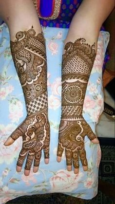 Check out this story - story created by Niti Srivastava and top similar posts, trendy products and pictures by celebrities and other users on Roposo. Latest Bridal Mehndi Designs, Full Hand Mehndi Designs, Mehndi Designs Book, Mehndi Design Pictures, Modern Mehndi Designs, New Bridal Mehndi Designs, Beautiful Henna Designs, Mehndi Designs For Fingers, Dulhan Mehndi Designs