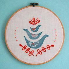 Block printing + embroidery / Estampado + bordado by ~ tilde ~, via Flickr