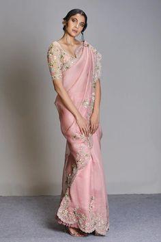 Saree With Belt, Indian Fashion Designers, Saree Trends, Stylish Sarees, Designer Sarees Online, Organza Saree, Elegant Saree, Saree Look, Indian Wedding Outfits