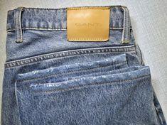 Джинсы ремонтируем и шьём в Москве с выездом к клиентам. И вот чудо, во время вируса короны, это совершенно бесплатно и с соблюдением всех мер предосторожности. Звоните или пишите в любые мессенджеры: +7(915) 316-95-13 Repair Jeans, Pants, Fashion, Trouser Pants, Moda, Trousers, Fashion Styles, Women Pants, Women's Pants