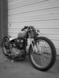 Stripped down yamaha bobber.