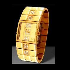 Brand Roccobarocco Watch for Women Steel yellow gold plated List Price € 255.00 Discounted price € 80.00 www.lacoronaore.com.offerte.html