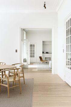 Minimalism Minimalist House Design, Minimalist Home Interior, Minimalist Decor, Interior Modern, Minimalist Apartment, Modern Minimalist, Interior Design Blogs, Interior Design Inspiration, Interior Decorating