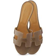 Hermès Oasis Sandal ($750) ❤ liked on Polyvore featuring shoes, sandals, hermes, hermes shoes, stitch shoes, hermes sandals, mid-heel shoes and hermès