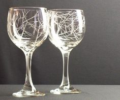 http://4.bp.blogspot.com/-_wH-NW0rEr0/TWUV-7BnG-I/AAAAAAAAALE/h53YvVrHPOQ/s1600/day-dreem-designs-etched-wine-glasses.jpg