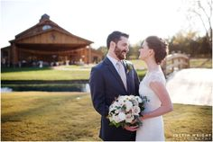 Luxury meets Rustic. The Perfect Backdrop for Wedding Photos.