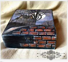 Pudełko w czerni , księżyc i mroczny Haunted Manor - decoupage.
