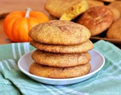 The flavors of pumpkin, cinnamon, nutmeg and ground cloves combine for a delicately spiced yet flavor packed Pumpkin Snickerdoodle.