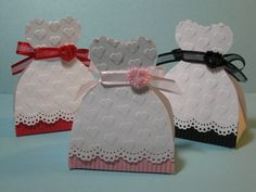 DIY Dress Shaped Boxes for Weddings and Quinceañera.