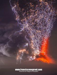Photograph Erupcion Volcán Calbuco 2 by Francisco Negroni on 500px