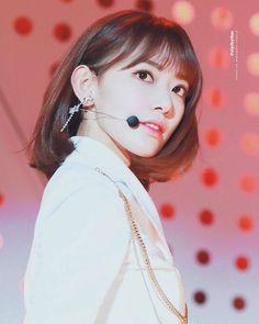 K-Pop Babe Pics – Photos of every single female singer in Korean Pop Music (K-Pop) Yuri, Honda, Sakura Miyawaki, Japanese Girl Group, The Wiz, Sweet Girls, Cherry Blossom, Flower Power, Asian Girl