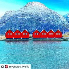 Siste dagen i 2016. Takk for følge og gode minner i bilder  #reiseblogger #reisetips #reiseliv.  #Repost @myphotos_livelife with @repostapp  Godt Nytt År #everything_imaginable #fiftyshades_of_nature_ #eye_for_earth #my_world_in_blue #placestotravel_s #norway2day #loves_norway #igw_aqva #9vaga_world9 #pocket_norway #pocket_allnature #pocket_waters #bns_waters #bns_ladies #bns_earth #dreamchasersnorway #dreamchasersworld #world_great #world_skyshotz #world_bestangels