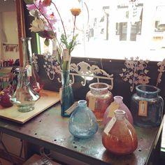 De leukste vazen gemaakt van recycled glas bij Venten Amsterdam!