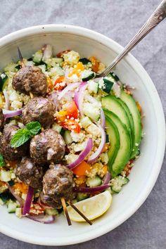 Mediterranean Salad Bowls w/ Lebanese BBQ Meatballs! This gluten-free recipe…