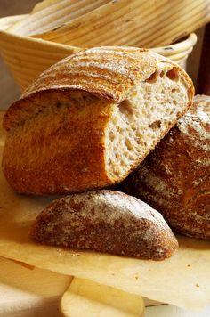 Докторский хлеб на закваске Russian Desserts, Russian Recipes, Bread Recipes, Cooking Recipes, Bread Bun, Tea Cakes, Bread Baking, Food To Make, Bakery