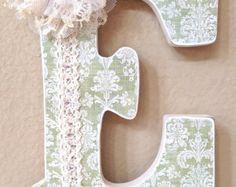 Custom Nursery Letters Baby Name Girl Nursery por TheRuggedPearl