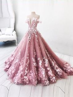 Get 2018 Prom dresses, fashion long prom dresses which can be customized in various styles, size, colors at amyprom.com.