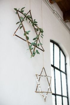 #hanukkah twig star of david s available here: http://www.artfire.com/ext/shop/home/sharonna/0/0/0/twig%20star%20of%20david | photo via Delft Blue Inspired Styled
