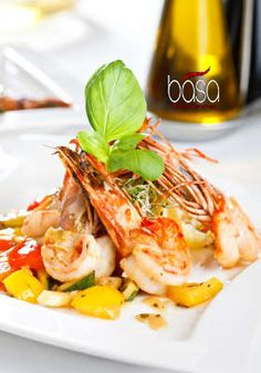 You can never go wrong with fresh shrimp as an appetizer. #Basa #Louisville
